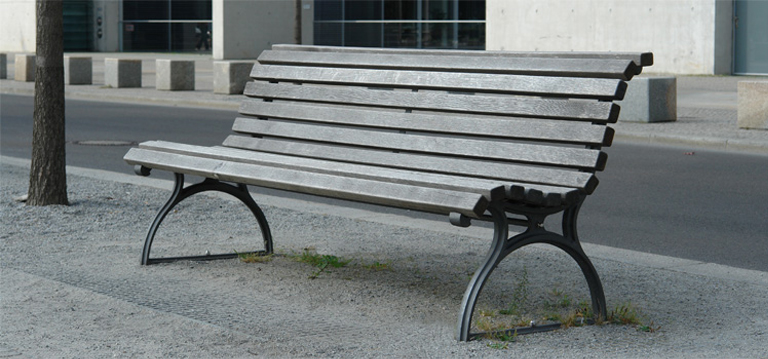 Frecher Outdoor Fick auf Berliner Parkbank